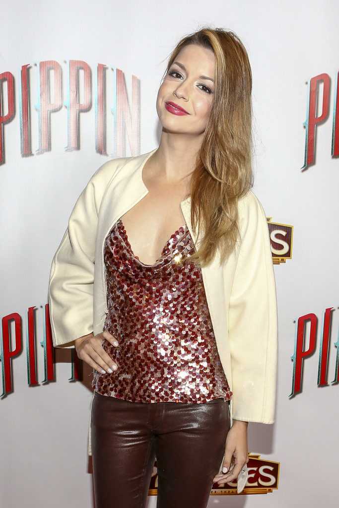 Masiela Lusha Hot Images