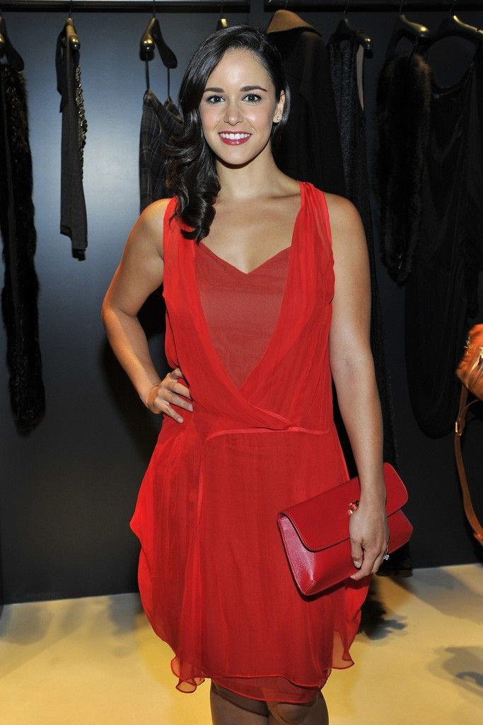 Melissa Fumero In Red Gown Images
