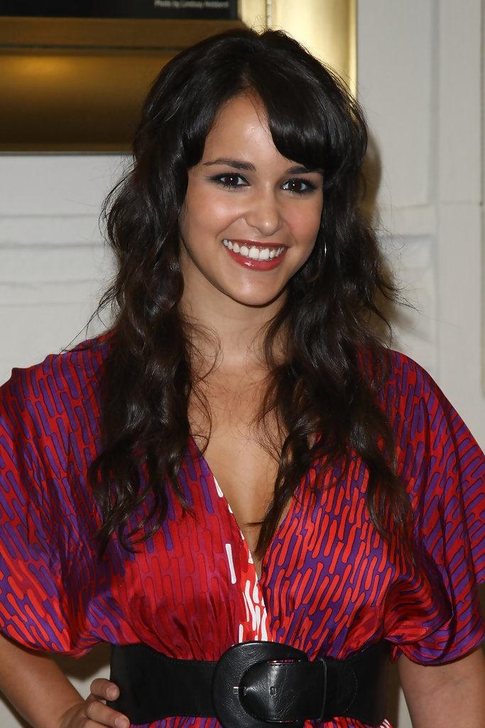 Melissa Fumero Smiling Pics