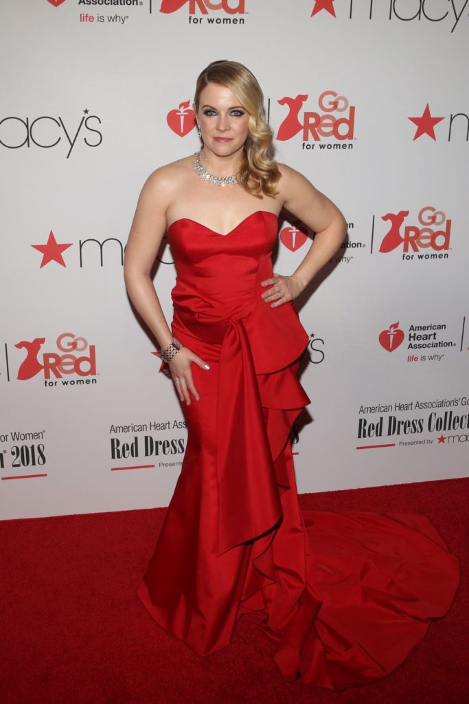 Melissa Joan Hart In Red Gown Photos