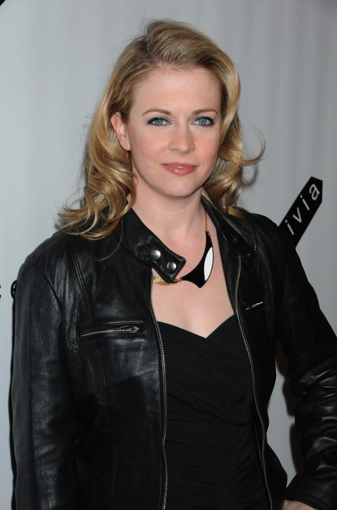 Melissa Joan Hart Short Haircut Pics
