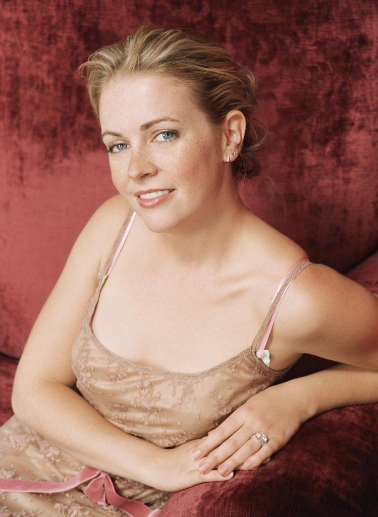 Melissa Joan Hart body Photos