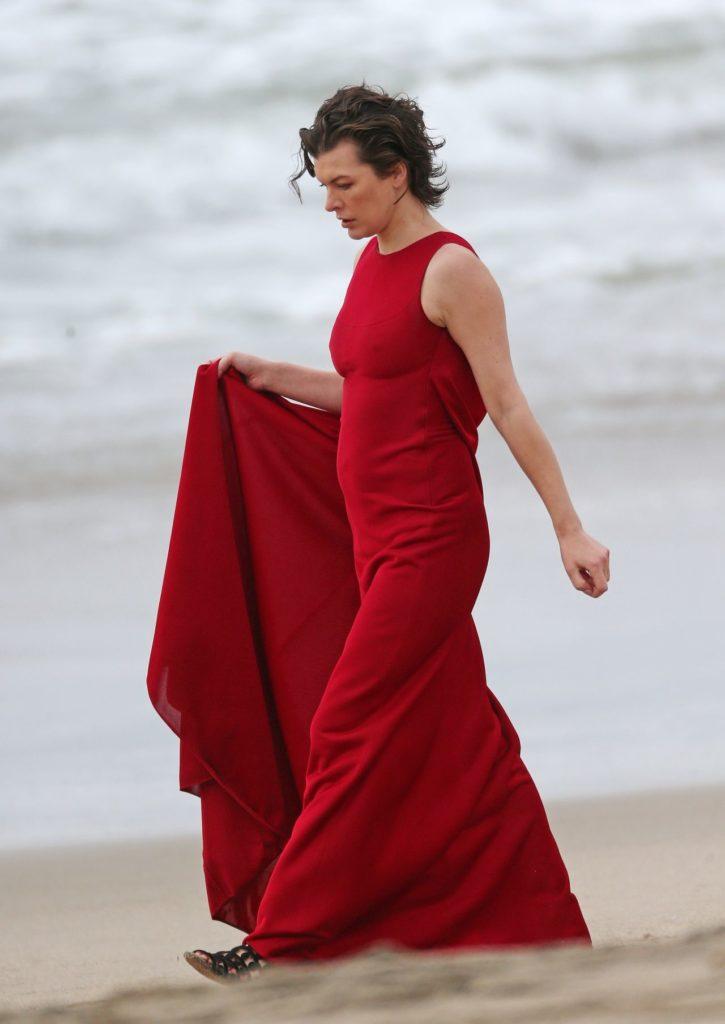 Milla Jovovich Beach Pictures