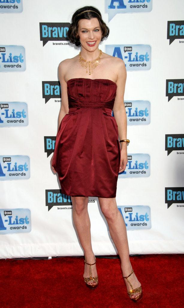 Milla Jovovich In Pants Photos