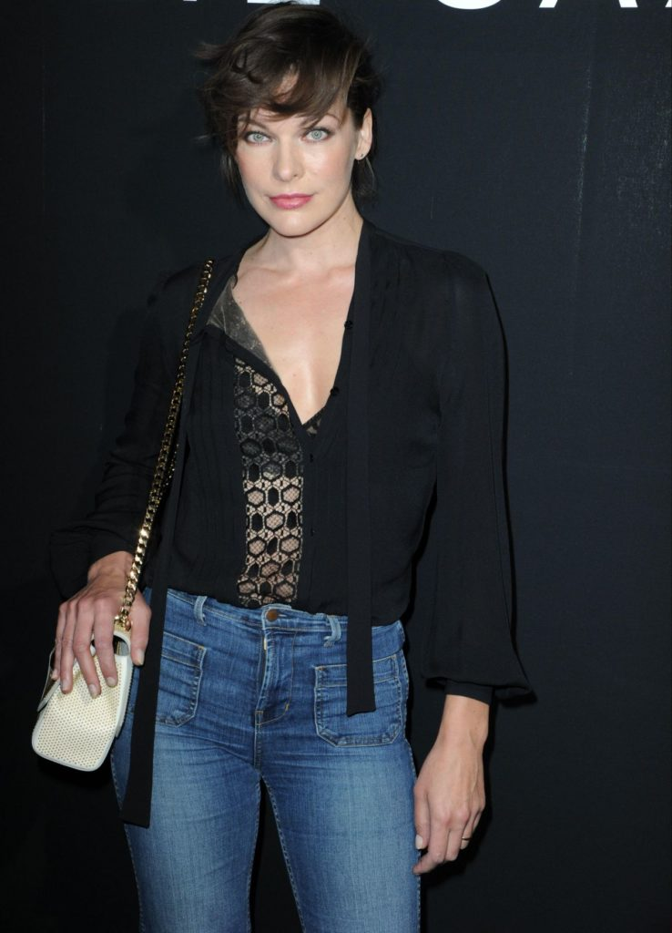 Milla Jovovich Jeans Pictures
