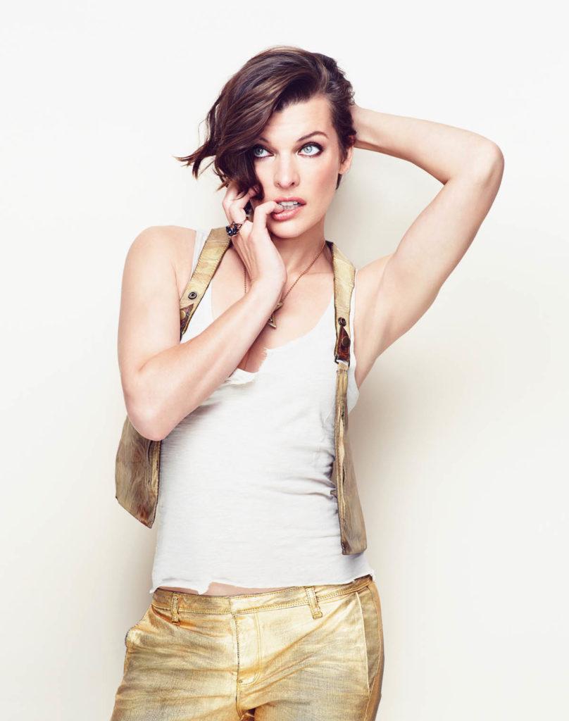Milla Jovovich Leggings Photos