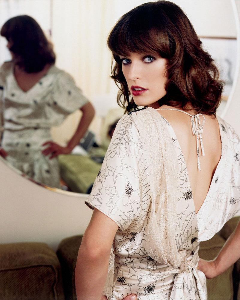 Milla Jovovich Makeup Photos