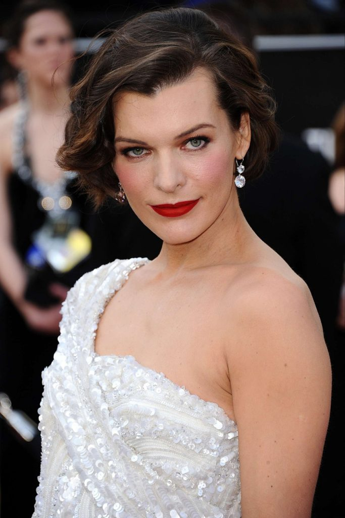 Milla Jovovich Muacles Pictures