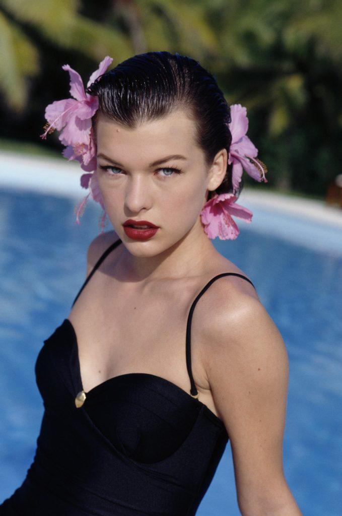 Milla Jovovich Swimsuit Images