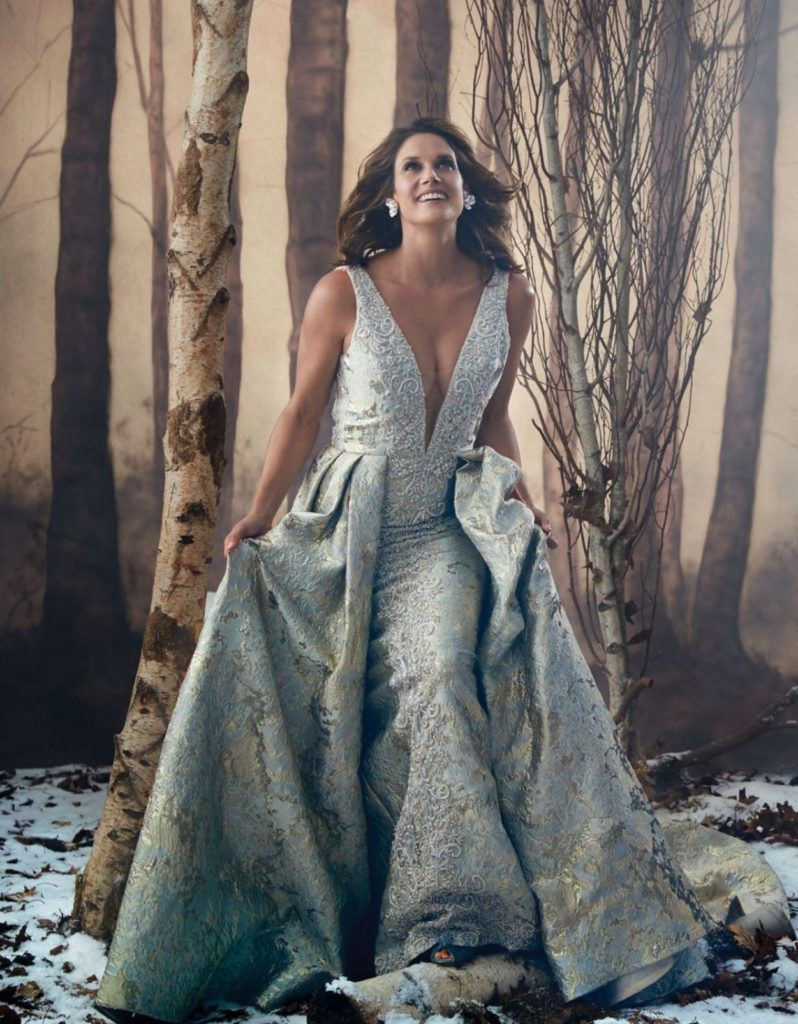 Missy Peregrym In Gown Wallpapers