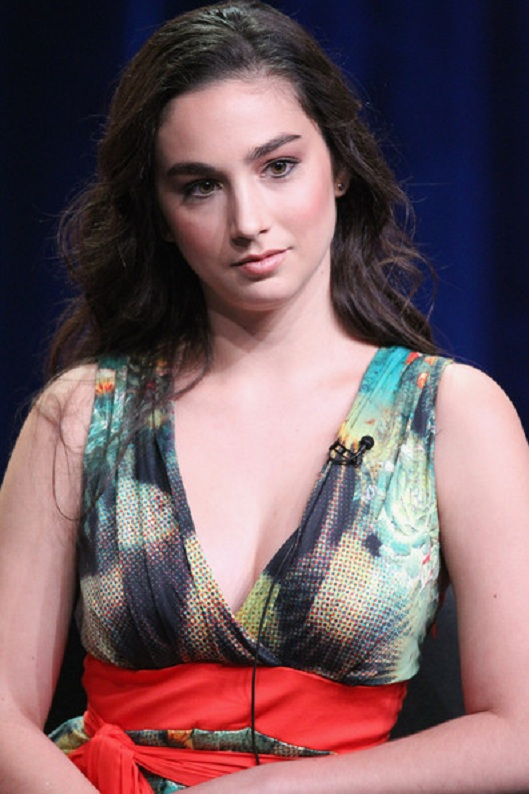 Molly Ephraim Oops Moment Pics