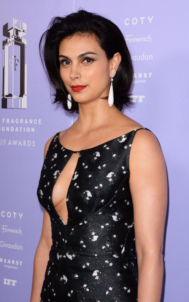 Morena Baccarin Sexy Eyes Pictures