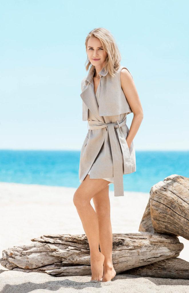 Naomi Watts Beach Pictures