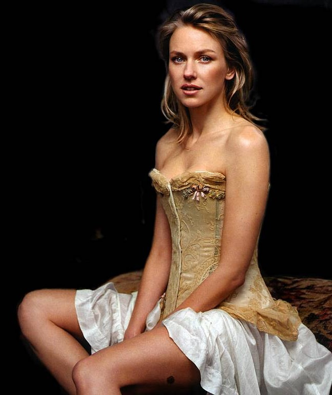 Naomi Watts Legs Pics