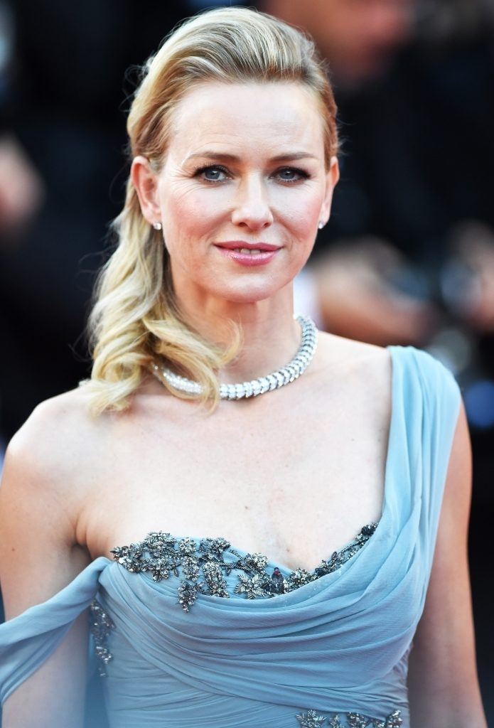 Naomi Watts Oops Moment Wallpapers