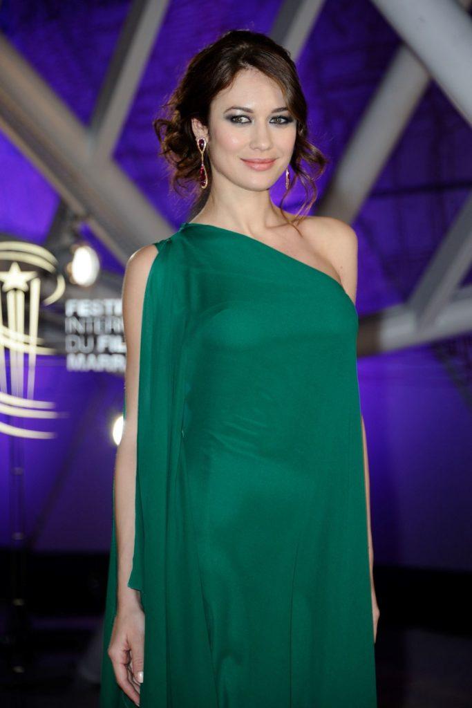 Olga Kurylenko In Green Clothes Photos