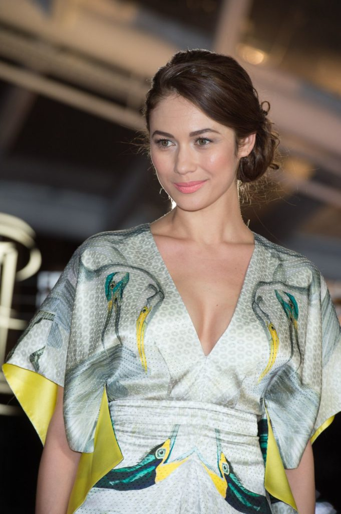 Olga Kurylenko Sexy Eyes Pics