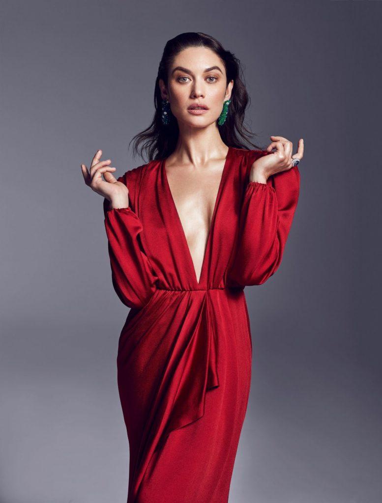 Olga Kurylenko Sexy Photoshoot