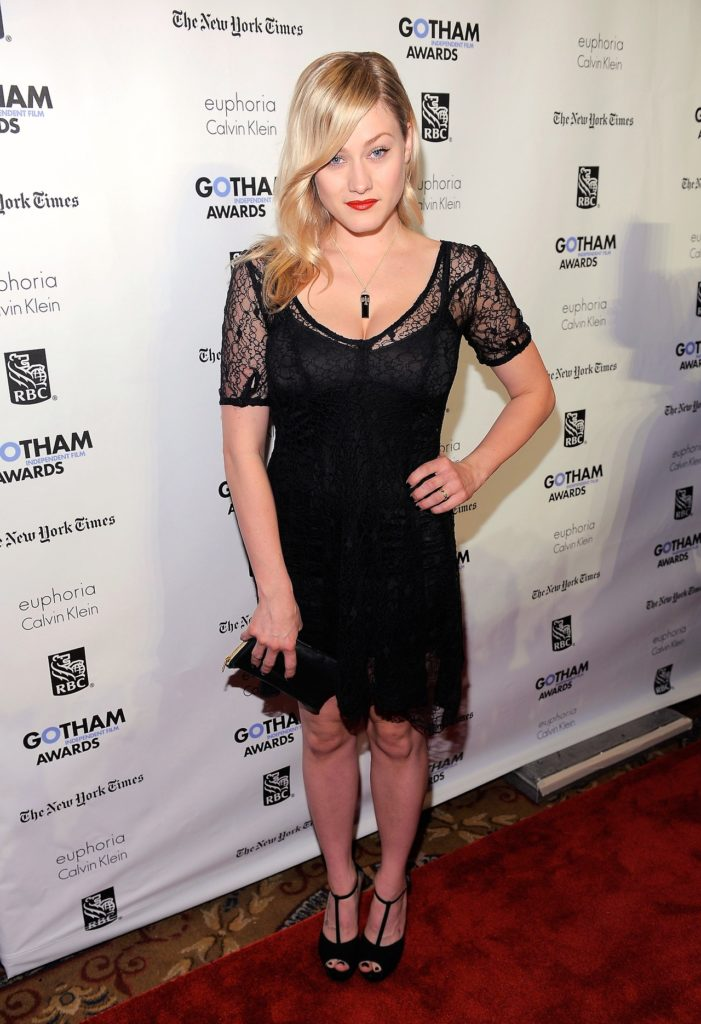 Olivia Dudley At Event Images