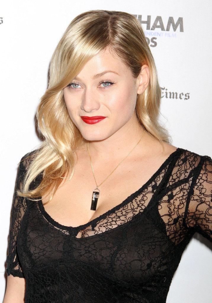 Olivia Dudley Makeup Pics