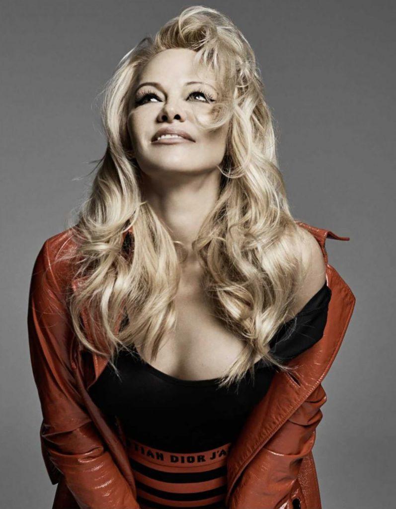 Pamela Anderson Hot Images