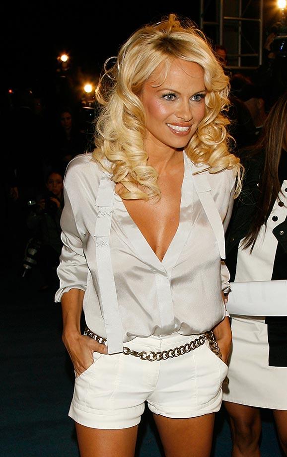Pamela Anderson In Shorts Pics