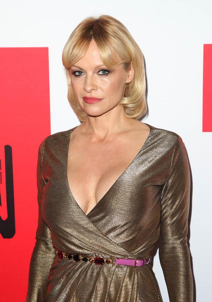 Pamela Anderson Short Hair Pics