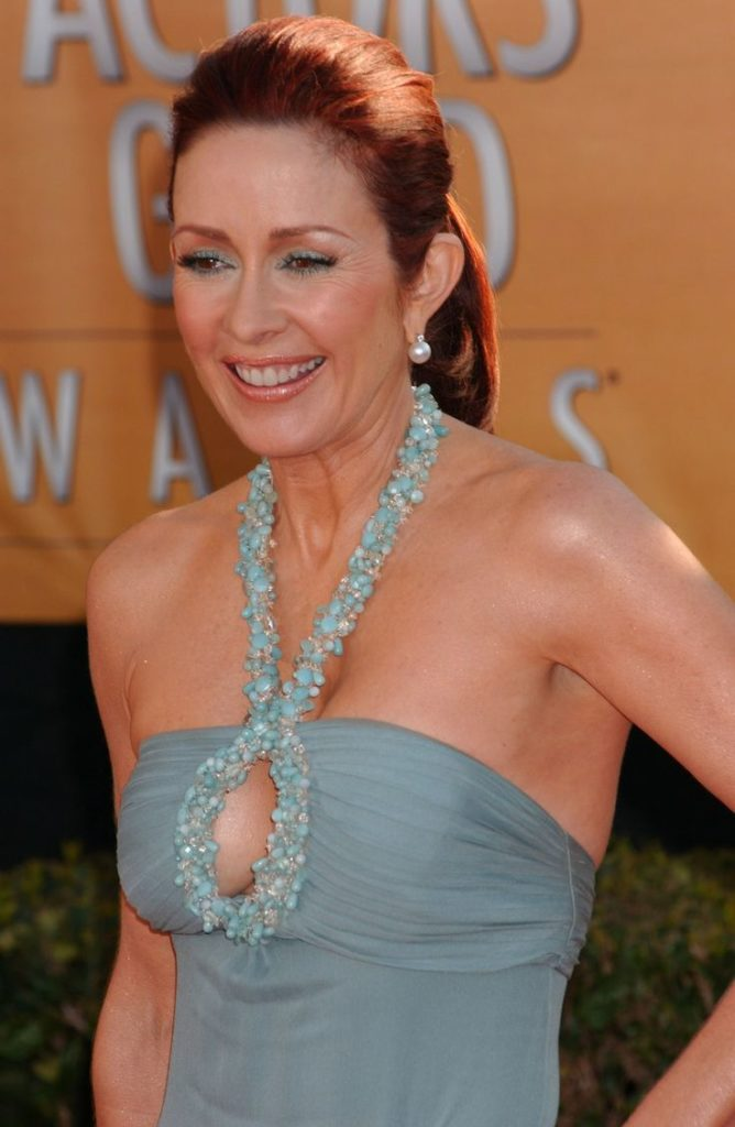 Patricia Heaton Offsholder Images