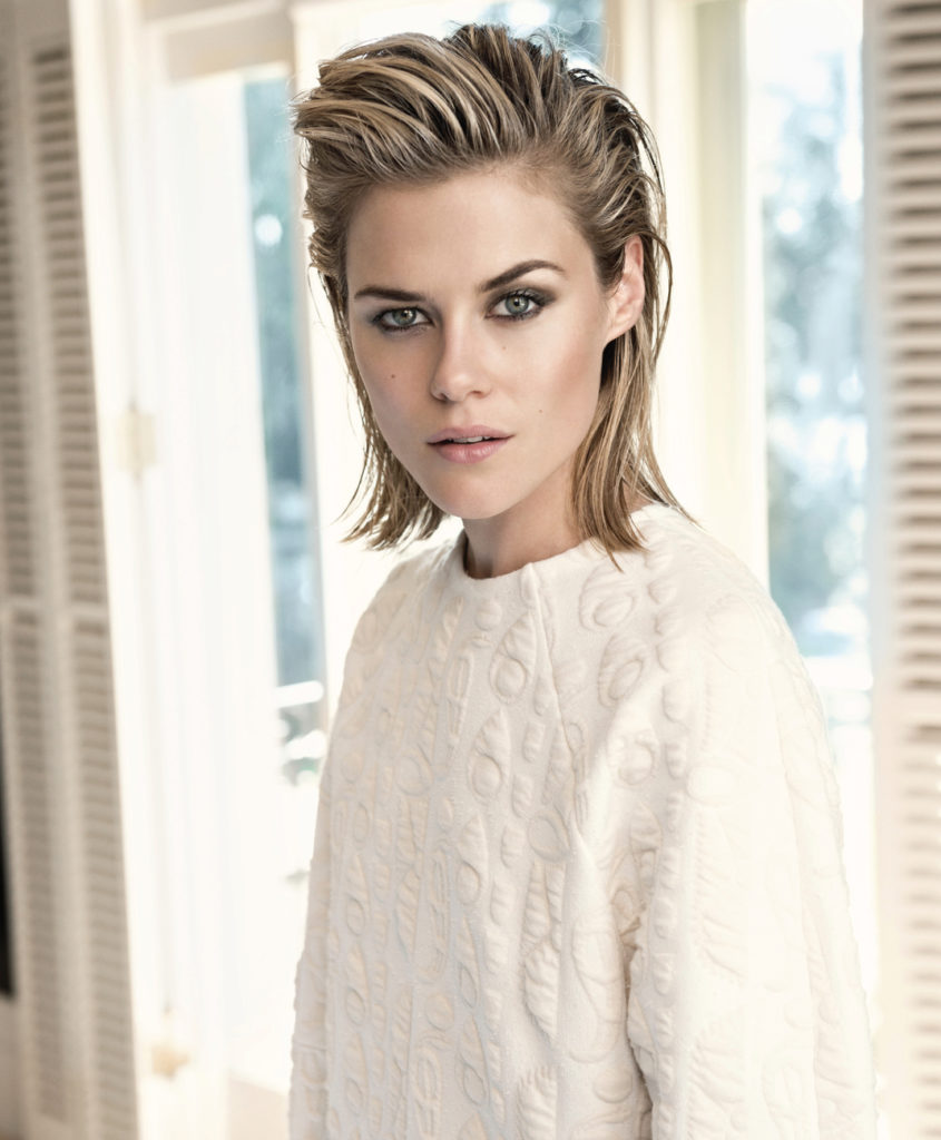 Rachael Taylor Body Wallpapers