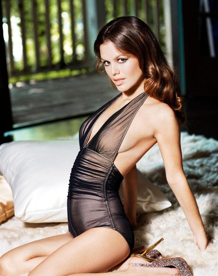 Rachel Bilson Swimsuit Images