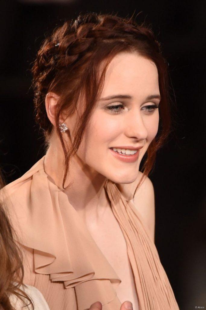 Rachel Brosnahan Hair Style Pics