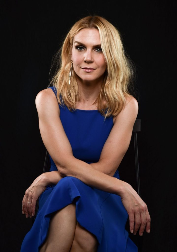 Rhea Seehorn Body Pictures