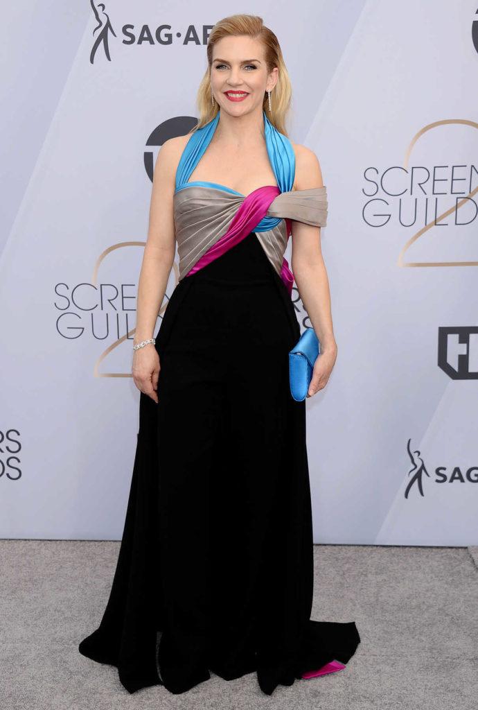 Rhea Seehorn In Gown Pics