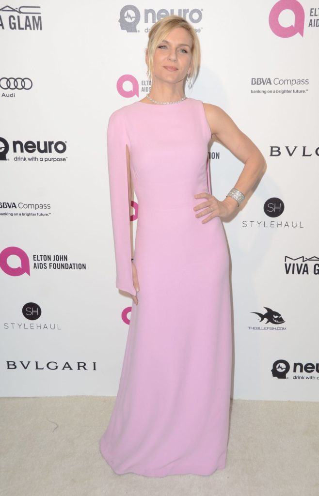 Rhea Seehorn In Lite Pink Dress Images
