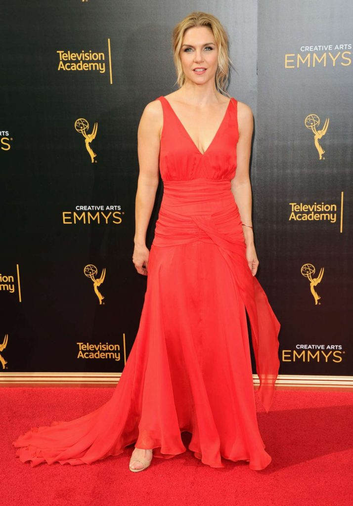 Rhea Seehorn In Red Gown Wallpapers