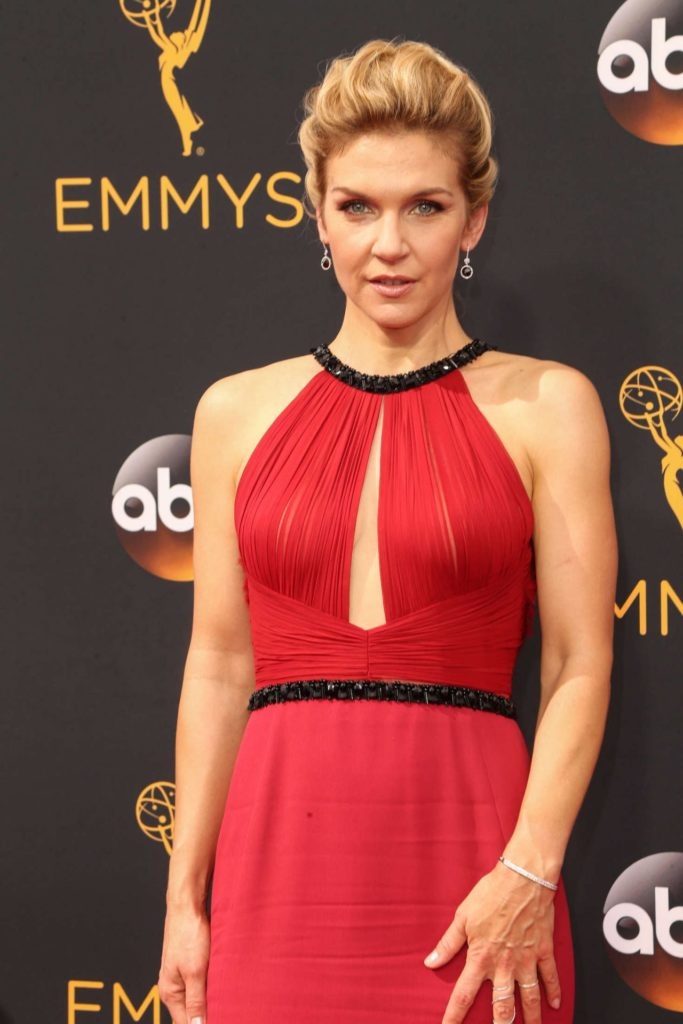 Rhea Seehorn Sexy Pictures