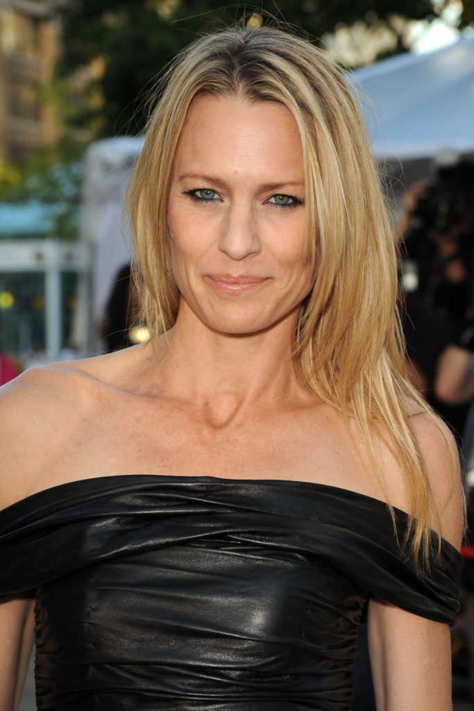 Robin Wright Hot Sexy Pictures