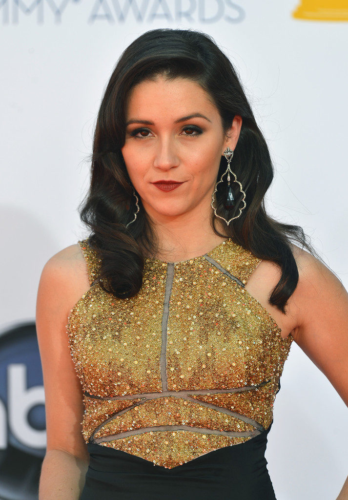 Shannon Woodward Hair Style Images