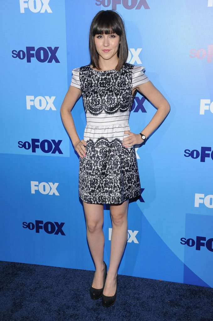 Shannon Woodward Oops Moment Images