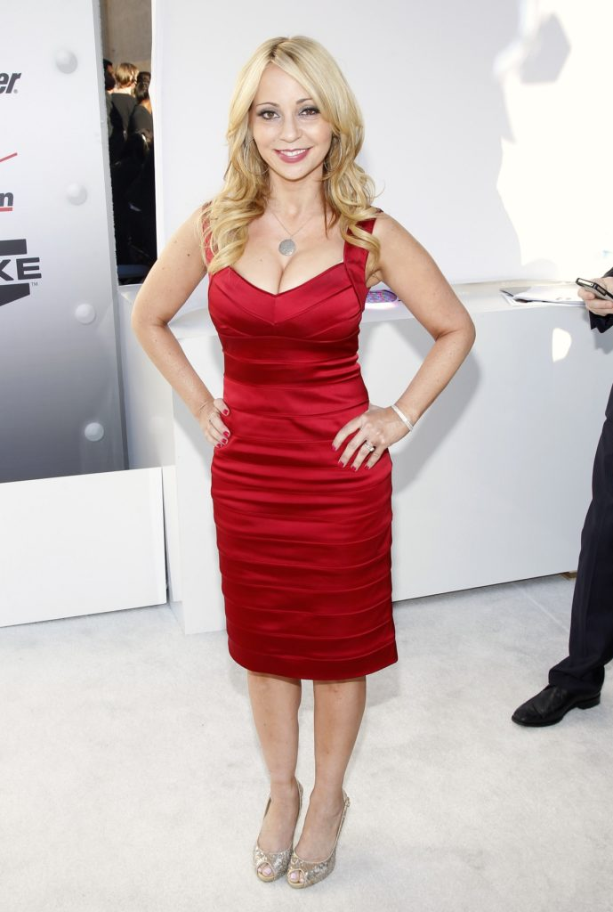 Tara Strong Sexy Legs Images