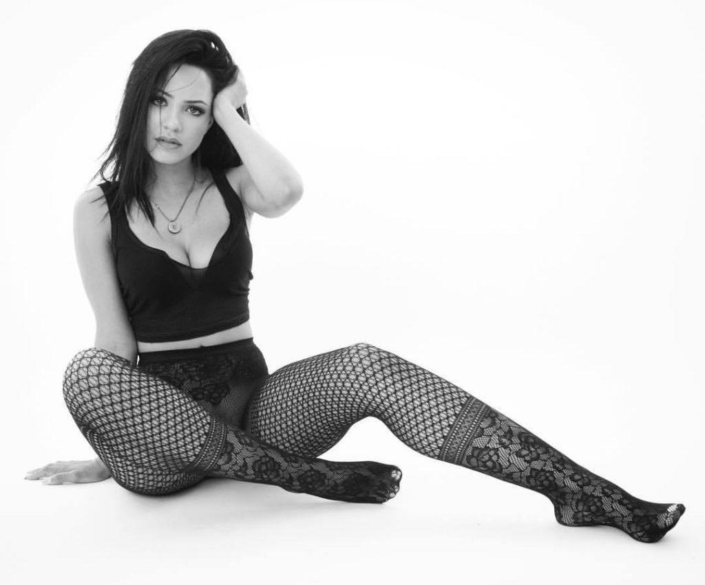 Tristin Mays In Undergarment Photos